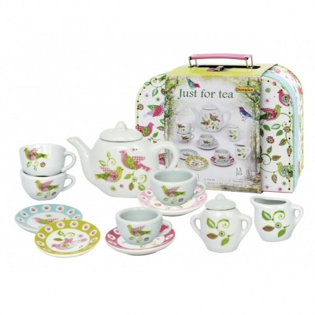 Te sæt i porcelæn i sød kuffert
