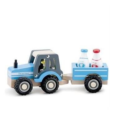 Traktor med lad i træ