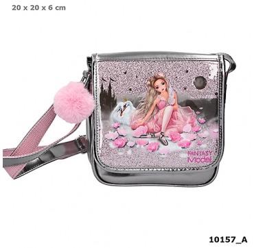 Topmodel skylder taske med ballerina